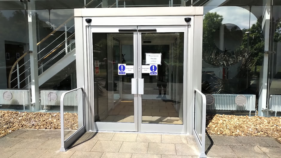 Automatic swing doors conversion for touchless