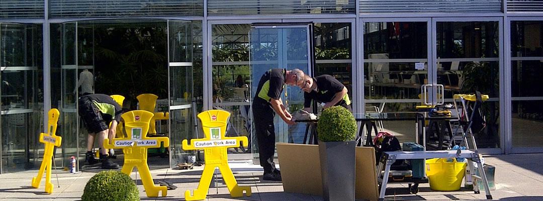 Revolving door repair in Cambridge